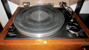 sony-5520-turntable-1
