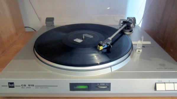 Dual CS515 Turntable - 1