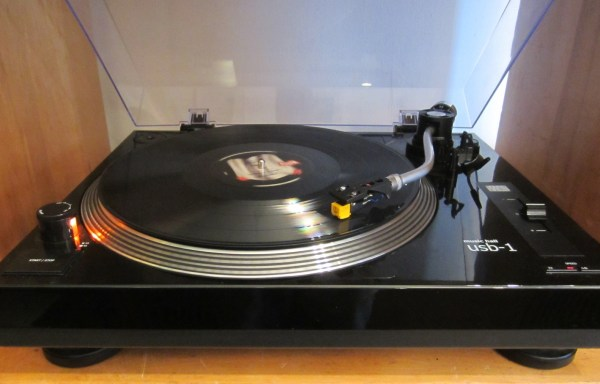 -SOLD- Music Hall USB-1 Turntable