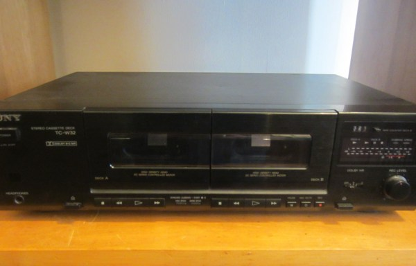 -SOLD- Sony TC-W32 Cassette Deck