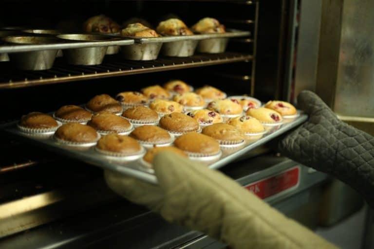 Muffins im Backofen