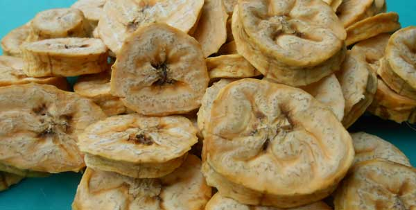 Dried plantain chips: Can't get enough!