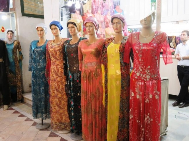 Sanandaj bazaar in Iranian Kurdistan
