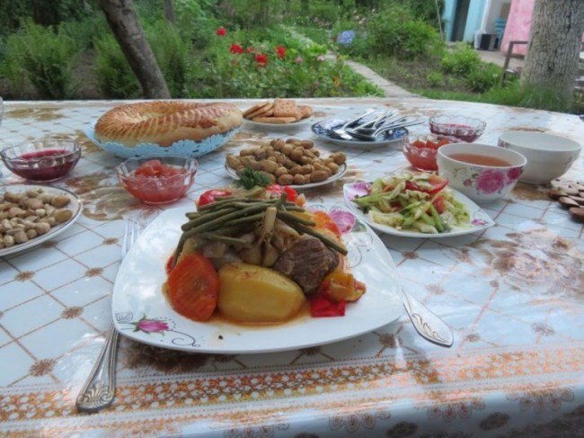 Dimlama is one of my favourite dishes among Kyrgyz food