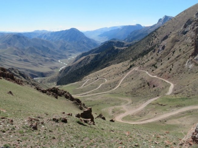 The road from Naryn to Song kul lake in Kyrgyzstan