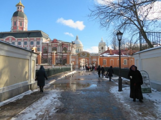 Alexander Nevski monastery. A must on any St Petersburg itinerary on how to spend 4 days in St Petersburg