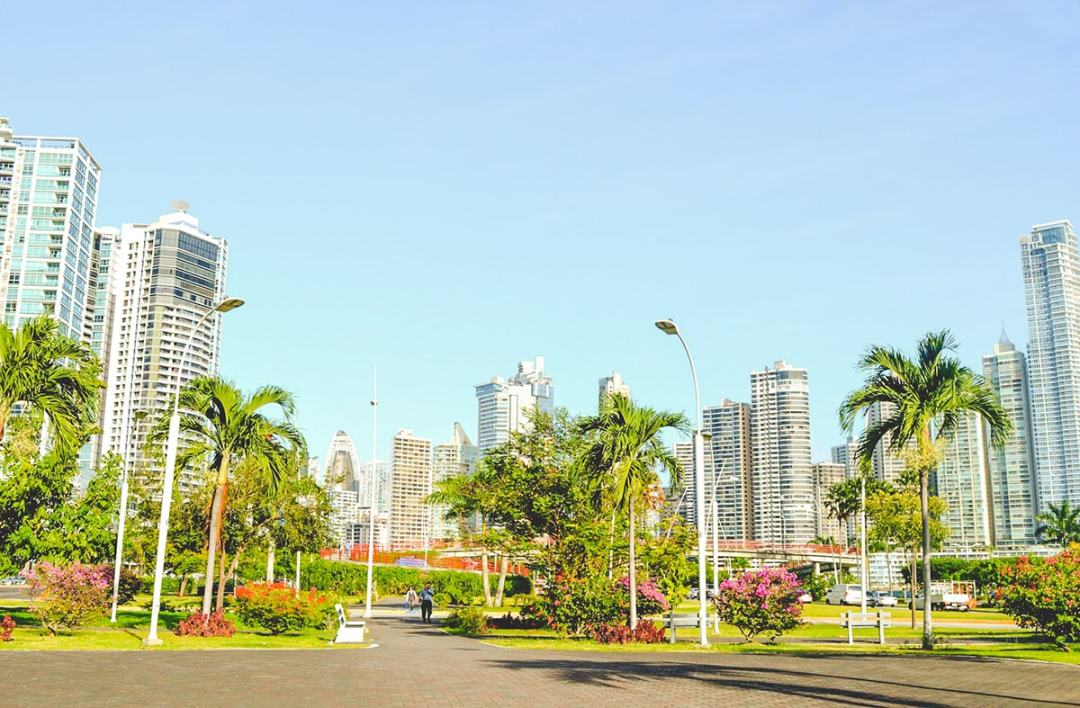Exploring Cinta Costero in Panama City, Panama | Travel blog Panama | What to do in Panama | Panama City | Cinta Costero | When to visit | Where to sleep | Where to eat | How to get around | What to do | 24 hours | 1 Day | 2 Days | Solo Female Travel | Backpackers Wanderlust |