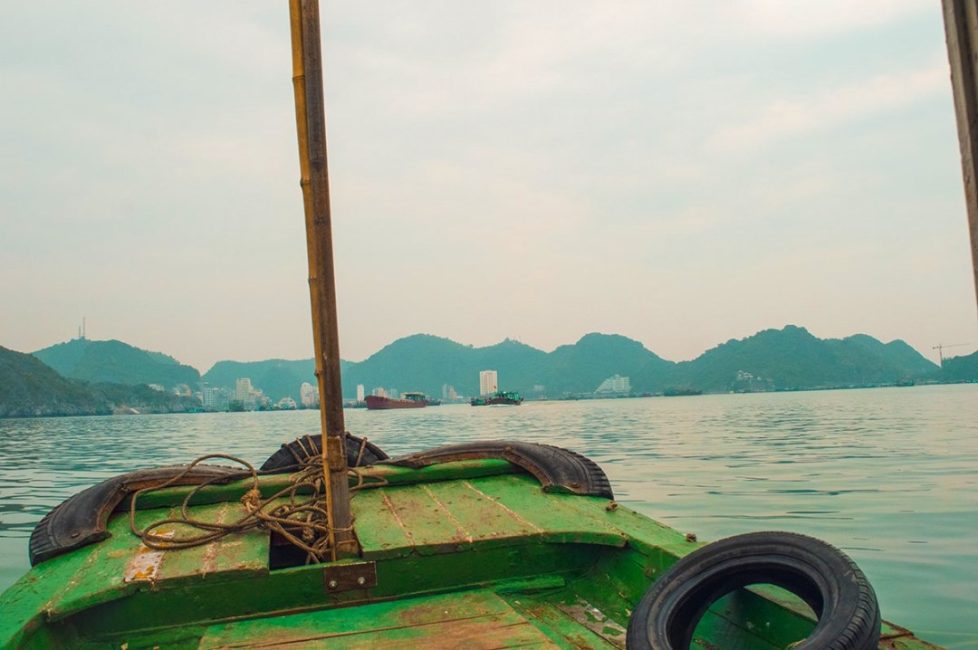 Discover Cat Ba Island and Cat Ong Island | Cheap Ha Long Bay Cruise | Cat Ba Island | Adventure | Backpack South East Asia | Travel | Backpacking | Must Visit | Do Not Miss | Vietnam | Ha Long Bay Cruise | Cat Ba Island | Cat Ong Island | Ocean Tours | Adventure | Photography | Backpackers Wanderlust | #vietnam #halongbay #cocktailcruise #hanoi #budgetcruisehalongbay #backpacksoutheastasia #catbaisland #catongisland