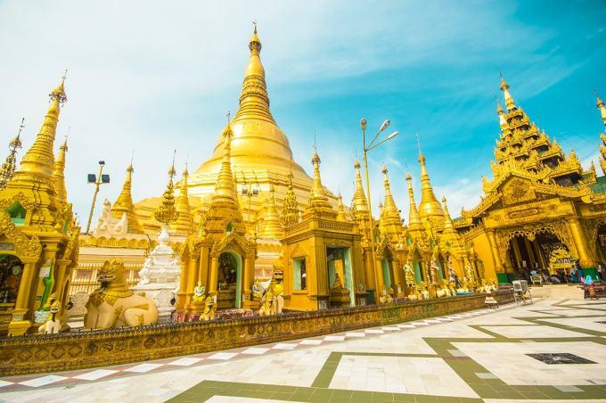 Visiting Shwedagon Pagoda In Yangon, Myanmar- All You Need to Know