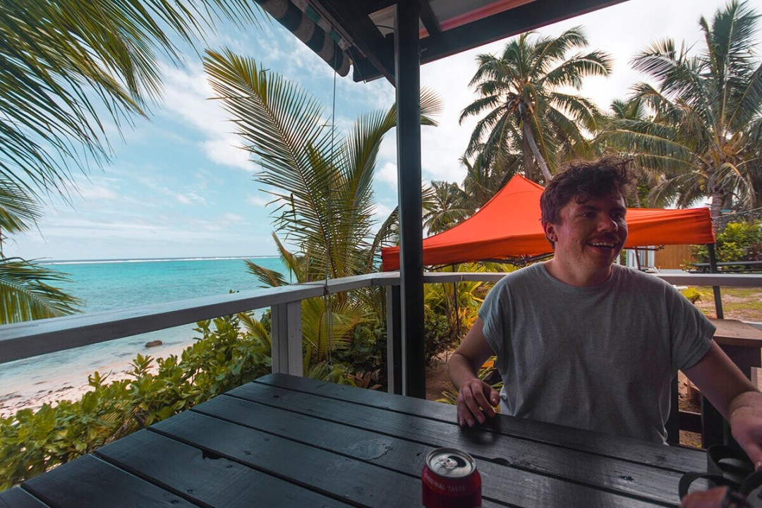 Where to eat in Rarotonga | Cheap eats Rarotonga | Cook Islands | Adventure | South Pacific | Travel | Backpacking | Rarotonga | Do Not Miss | Foodie | Burgers | Pizza | Breakfast | Photography | Backpackers Wanderlust |