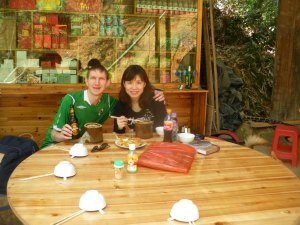 Lunch above the Chengqi Building on the hill