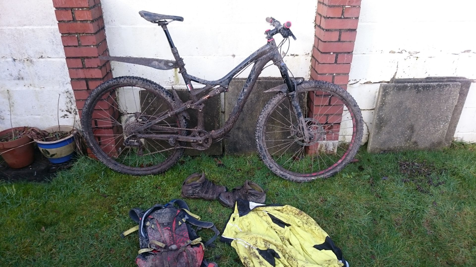 This is what my gear looked like after a ride last week