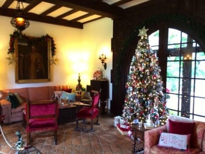 Bok Tower Gardens Pinewood Estate Christmas2 - Bok Tower Gardens: America's Taj Mahal
