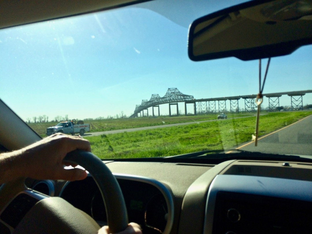 Sunshine Bridge - Louisiana's River Road Plantations