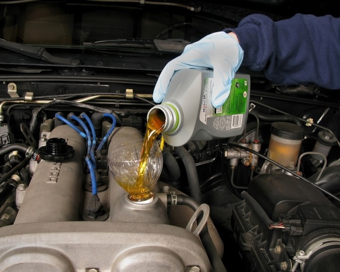 Oil 3 - How To Prepare Your Car For Summer