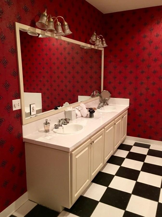 Vanity Asian Suite Fairview Inn Jackson Mississippi