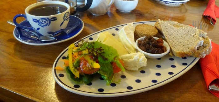 Highland Lunch Platter e1469020921936 768x358 - The Best Of Skye: A 3-Day Road Trip Itinerary