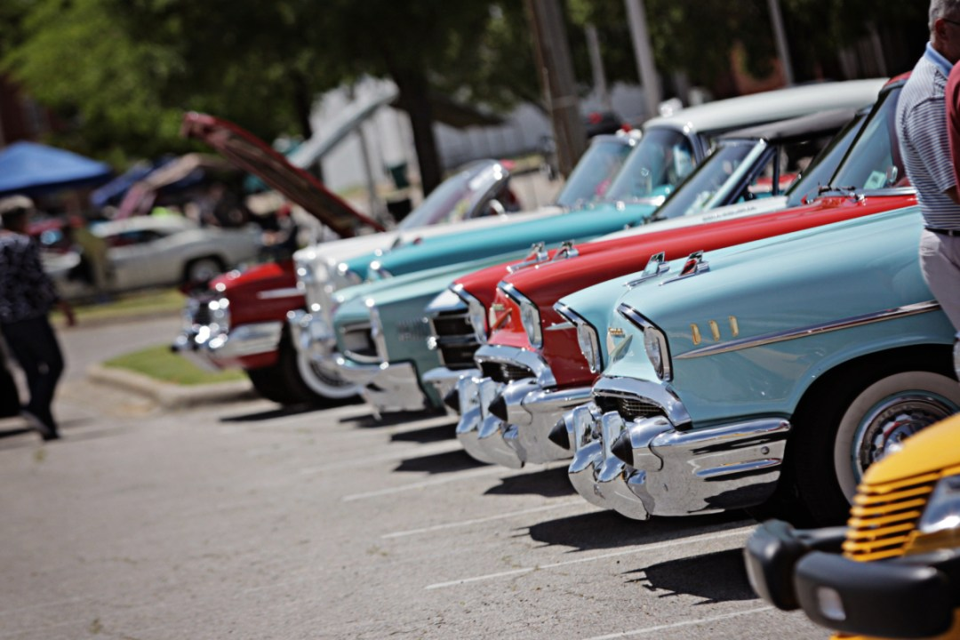 2 Blue Suede Cruise - Elvis in Tupelo: Discover The King's Mississippi Roots