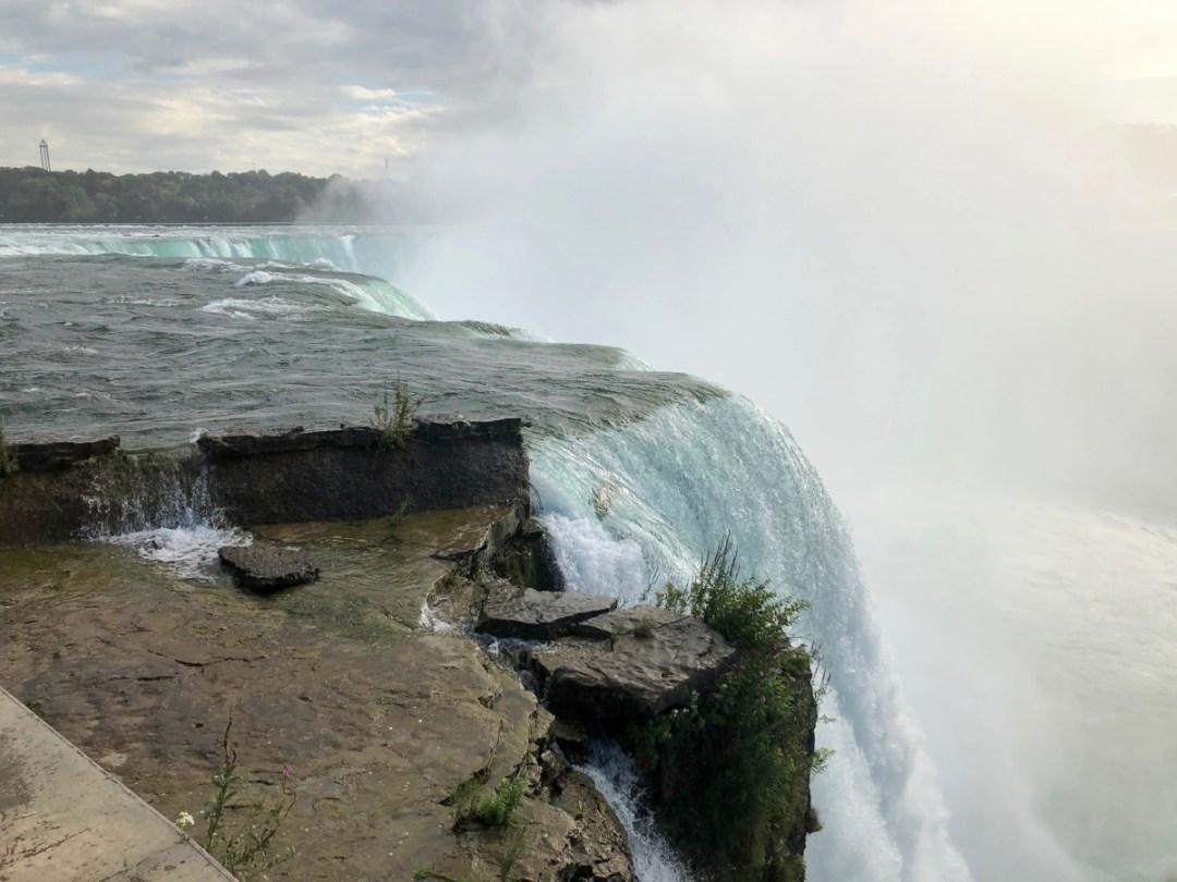 Horseshoe Falls 2 - 3 Awe-Inspiring Niagara Falls USA Attractions