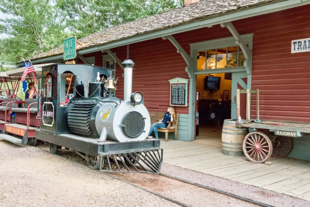 Nevada Virginia Train - Two Montana Ghost Towns Where the Old West Comes Alive