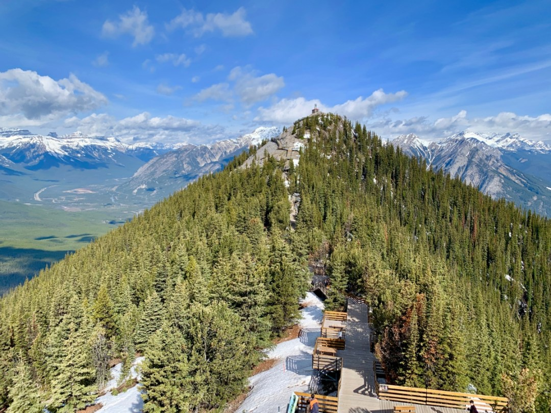 Sulphur Mountain Boardwalk - The Best Sites & Activities for a Town of Banff Adventure
