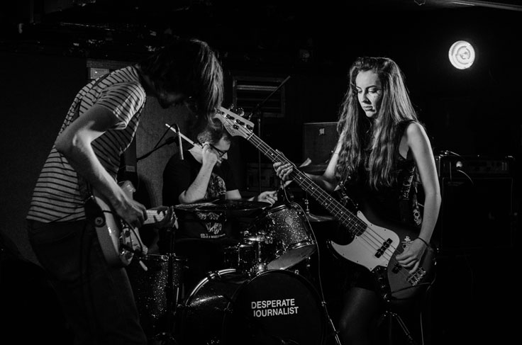 Life Model on stage at Nice N Sleazy, Glasgow, 31 March 2017