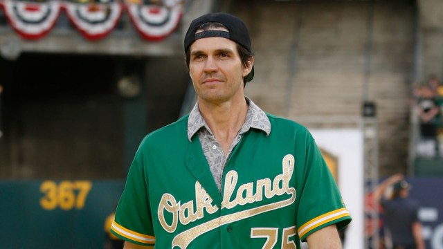 Barry Zito's Autobiography Throws His Audience a Curveball - Back Sports  Page