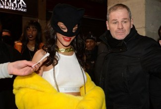 Rihanna-Catwoman01