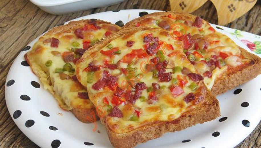 Η πιο εύκολη πίτσα με ψωμί του τοστ! - Backstage24.gr