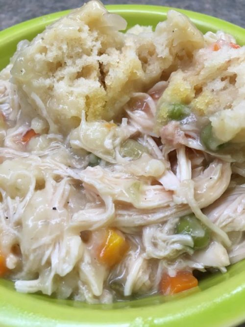 Cheap and Easy Southern Chicken and Dumplings that You Need To Try this Fall