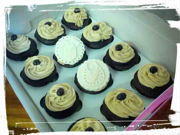Cappuccino Cupcakes - Approaching Food