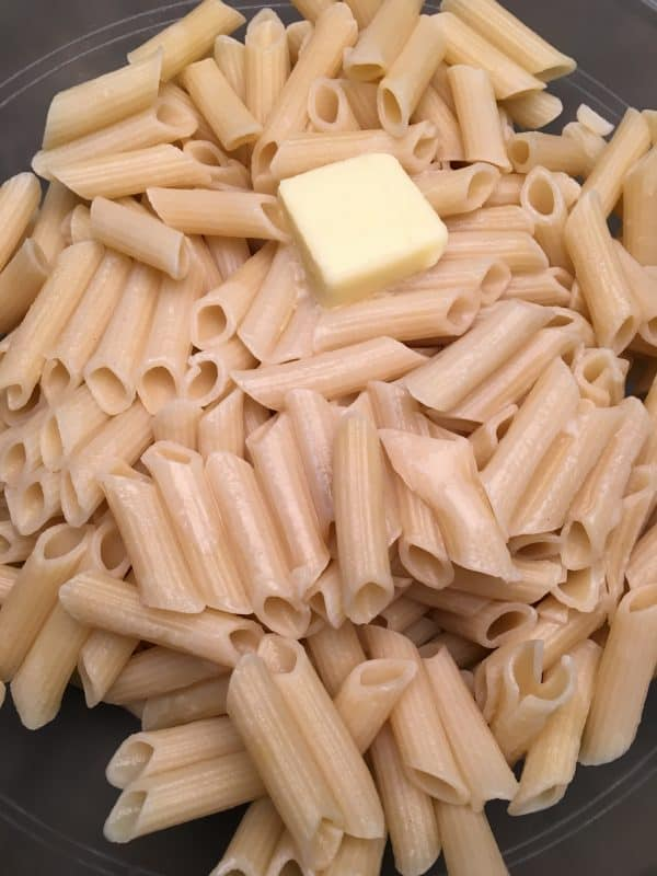Chicken and Noodles with Homemade Alfredo Sauce is an easy meal to make for dinner. The delicious and cheesy homemade sauce is made with parmesan and cream cheese.