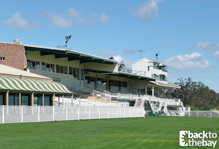 Yabbie Creek Racecourse (2010)