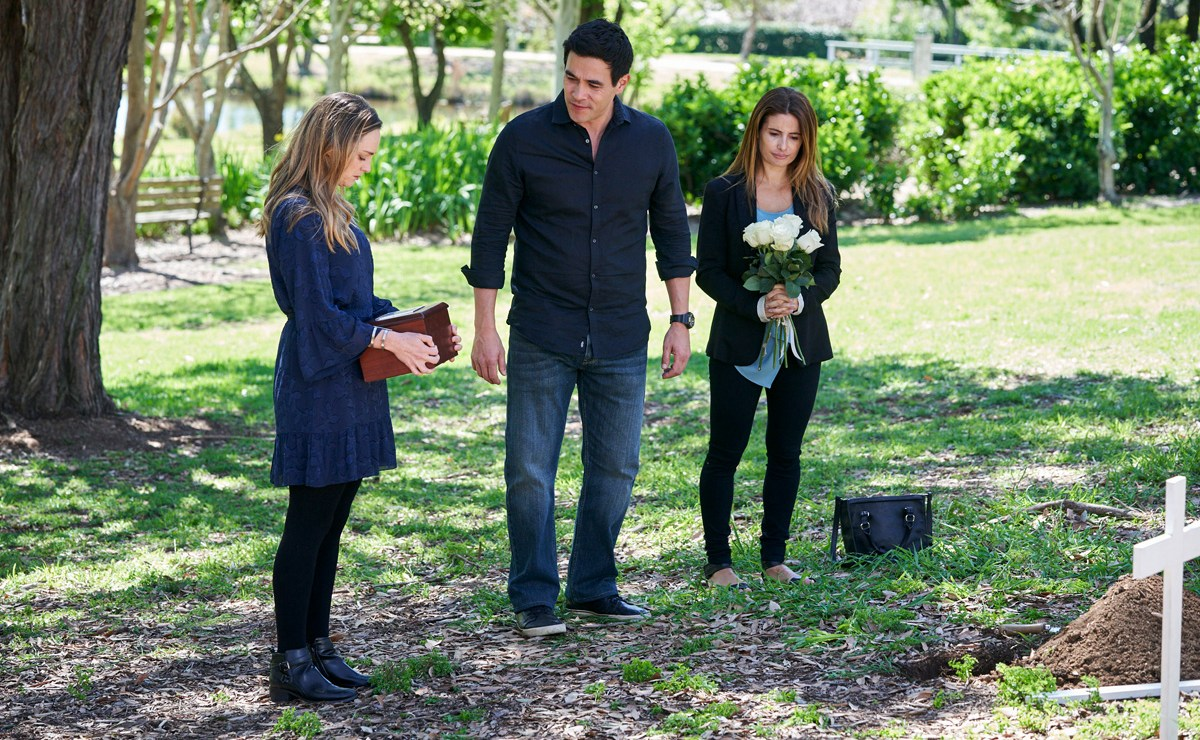 UK Home and Away Spoilers – Justin falls apart after Mason is laid to rest