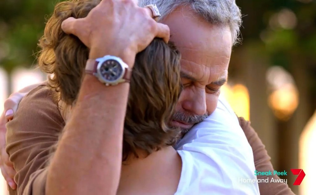 Ryder and Evan embrace in latest Home and Away spoilers