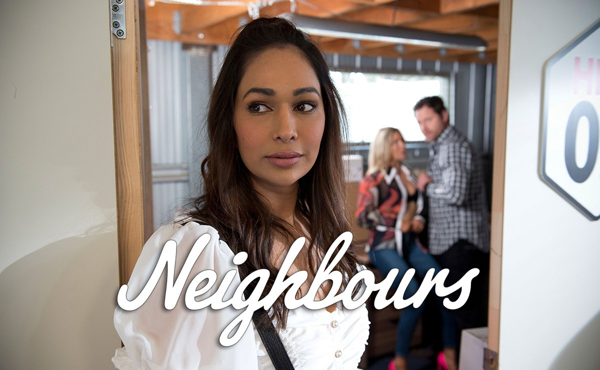 Neighbours Spoilers – Has Dipi Rebecchi joined Tinder?
