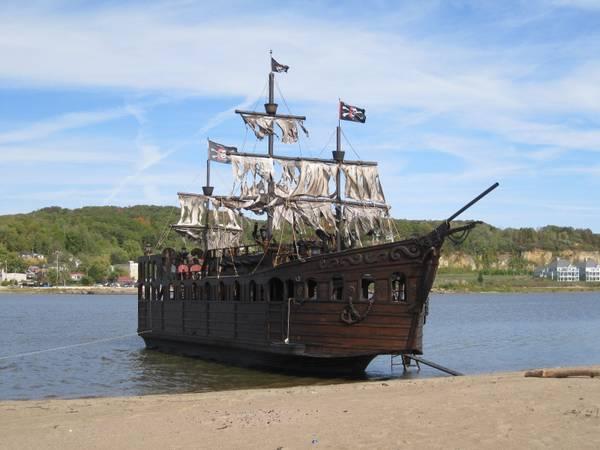 Bateau De Pirates Vendre Back To The GEEK