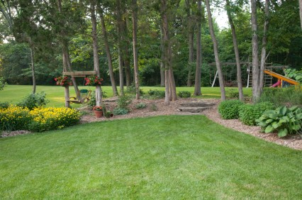 Low Maintenance Landscaping | Tips for a Low Maintenance ... on Low Maintenance Backyard  id=35495