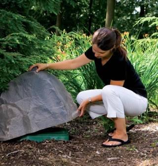 Hide Outdoor Eyesores With Natural Rock Enclosures Outdoor Patio