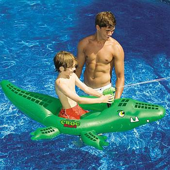 Croc Attack Squirting Pool Float