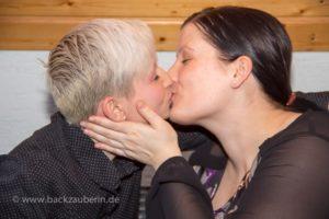 Sabrina und Bianka unterstützen Mundpropaganda
