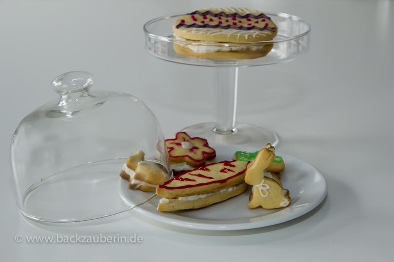 Gefüllte Osterplätzchen mit Raffaello-Creme