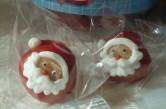 Marzipan-Weihnachtsmänner von Bombasei Decor AG