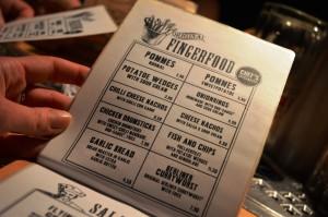 The Pub - Möpse trinken Bier - Berlin - Speisekarte