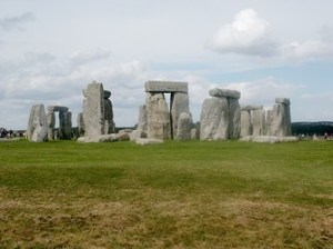 Stonehenge: the 'noteworthy ball-like shrine' of Diodoros?