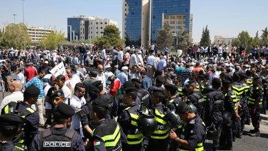 "Photo of الأردن: عودة ""التنمر"" وحالة من ""عدم اليقين"" الإداري السياسي تخلط الأوراق"