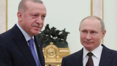 "Photo of ما هو سر ""45"" ثانية انتظرها أردوغان على البلاط الروسي؟ إدلب ولعبة الوقت والديموغرافيا مع بوتين- (فيديو)"