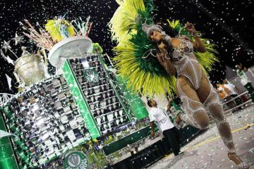 The 2015 Carnival In Brazil In Photos (131 Photos) 1
