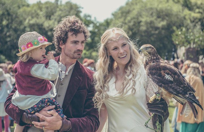 Hobbit-mad couple transform their garden into Middle Earth 9