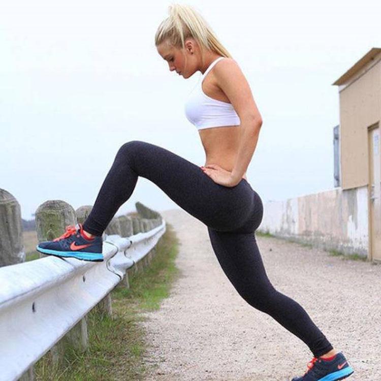 Badchix always look drop dead sexy in Yoga Pants 14